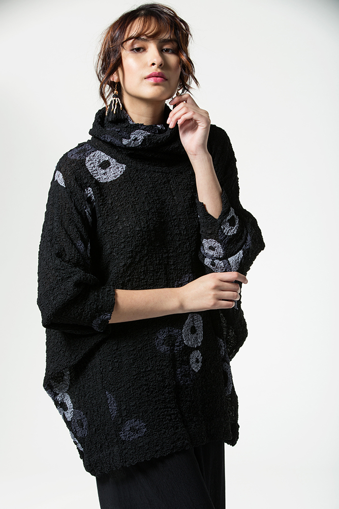 Alyssa Top, Huari Batik Bubble Silk, Dove and Slate Black